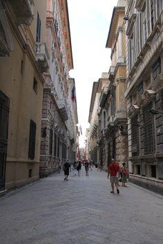 LA sontuosa Via Garibaldi