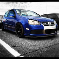 It's a great car. It's yet I had this exact blue color. The transmission was silky smooth. I still have a soft spot for this car Vw Golf Vr6, Golf Gti R32, Vw R32, Volkswagen Auto Group, Volkswagen Thing, Vw Group, Car In The World, Car Manufacturers, Sport Cars