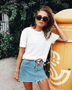 vintage vibes | casual outfit | summer style | streetwear | urban style | denim skirt | vintage vibes | Fitz & Huxley | www.fitzandhuxley.com