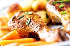 Aprende a preparar un delicioso pollo al horno con cerveza, un plato muy sabroso y muy sencillo de cocinar. ¡Para chuparse los dedos!