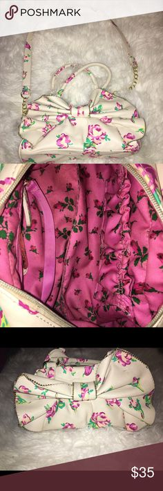 Betsy Johnson bow purse Bow purse with flowers on it Betsey Johnson Bags Shoulder Bags