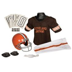Cleveland Browns Youth NFL Deluxe Helmet and Uniform Set (Small) Cleveland  Browns Football 942a328cf