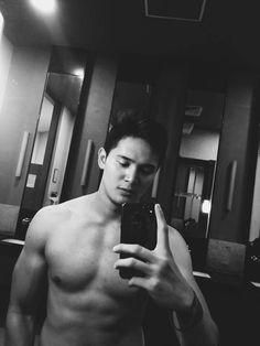 Hot Men, Hot Guys, Bright Pictures, Boys Wallpaper, Pinoy, Man Candy, Kylie, Madrid, Bae