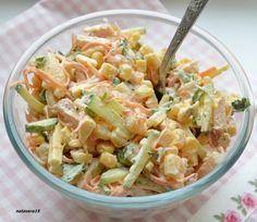 салат Венеция (копченая курица, огурец, кукуруза, морковь)