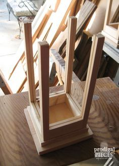 Two DIY Lanterns from Only One Board - Prodigal Pieces - ahşap işleri - Diy Wooden Projects, Wooden Crafts, Wooden Diy, Wood Projects For Beginners, Projects To Try, Wooden Lanterns, Diy Holz, Woodworking Projects, Woodworking Plans