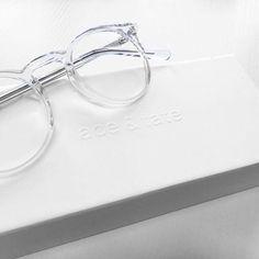frame and glasses resmi