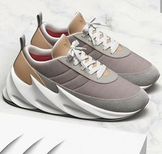Hype Shoes, Chunky Sneakers, Trendy Shoes, Adidas Shoes, Jogging, Sneakers Fashion, Bag Accessories, Trainers, Kicks