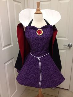 Evil Queen costume apron by AJsCafe on Etsy, $75.00