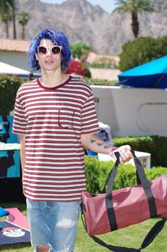 Christian Zucconi from Grouplove with the Zumer Sport Special Football Barrel Duffel Bag #zumersport #grouplove