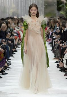 Valentino - Spring/Summer 2018 Woman - Look 75 of 76