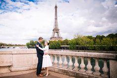 Paris Romantic Couple Photo - Eiffel Tower / Bir Hakeim / Seine River