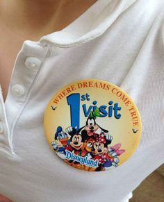 18 Things You Can Get For Free At Disneyland>>> A Souvenir Pin