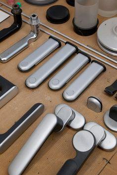 Dieter Rams, prototypes for handles in the workshop, Rams House, Kronberg, Frankfurt, Germany