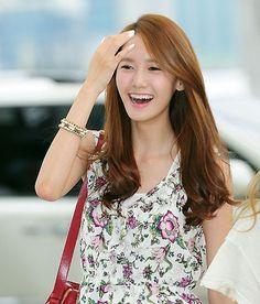 Yoona ★