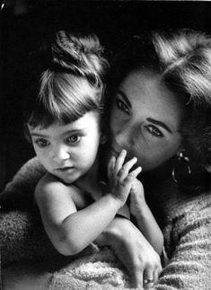 Elizabeth Taylor with her children