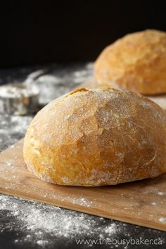 Artisan bread recipes don't get easier than this No Knead Artisan Bread recipe! This artisan bread is so easy to make, it's practically foolproof. Marmite, Artisan Bread Recipes, No Knead Bread, Instant Yeast, Easy Bread, Bread Rolls, Bread Baking, Bakery, Cooking