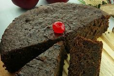 Jamaican Black Cake, or Christmas Pudding, is a spiced fruit cake made with diff… - Christmas Cake Recipe Jamaican Fruit Cake, Jamaican Desserts, Jamaican Recipes, Christmas Pudding, Christmas Desserts, Christmas Cakes, Christmas Cooking, Jamaican Christmas Cake, Black Cake Recipe