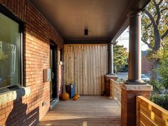 Louvered partition at front entry creates privacy and an interesting visual guide to the front door Front Entry, Outdoor Decor, Modern, House, Beautiful, Home Decor, Trendy Tree, Decoration Home, Home