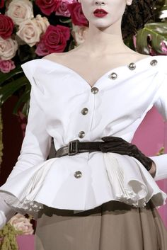 Christian Dior Spring 2010 Couture Accessories Photos - Vogue