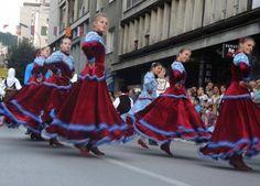 """Blic Online   Festival """"Licidersko srce"""" okupio u Užicu 900 folklorista iz 10 država"""