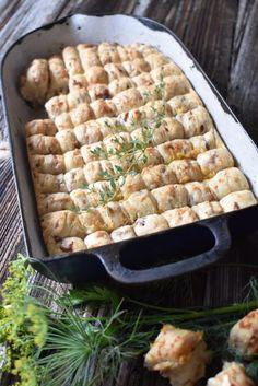 Bread Recipes, New Recipes, Snack Recipes, Cooking Recipes, Snacks, Finger Foods, A Table, Tapas, Bakery