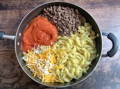 Just 4 ingredients to make this easy ground beef family dinner recipe! Anyone else trying to feed picky eaters? Easy Hamburger Casserole, Easy Casserole Dishes, Tater Tot Casserole, Tater Tots, Hamburger Recipes, Meatloaf Recipes, Chicken Casserole, Dinner Recipes Easy Quick, Beef Recipes For Dinner