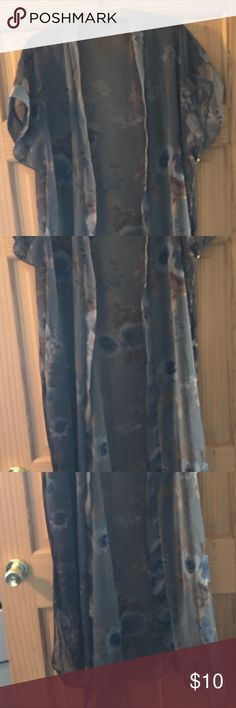 Lounging House Coat Beautiful lounging robe in blues, grey, and browns. This is like new never been worn. It looks beautiful over silk PJ. Petra Fashions Intimates & Sleepwear Robes