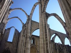 Carmo Convent and Church - Ruins - Lisbon by Antónia Lobato, via Flickr