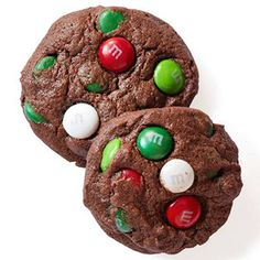 Double Chocolate Cookies - perfect for Christmas cookie exchange! Holiday Cookies, Holiday Treats, Holiday Recipes, Christmas Recipes, Double Chocolate Cookies, Chocolate Cookie Recipes, Chocolate Fudge, Xmas Food, Christmas Sweets