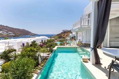 The Kivotos Mykonos Hotel offers Luxury Rooms, Luxury Suites and Luxury Villa accommodations in Mykonos in the famous Ornos beach area. Mykonos Beach Hotel, Mykonos Blue, Mykonos Hotels, Mykonos Town, Beach Hotels, Super Paradise Beach, Ornos Beach, Marina Resort, Villa With Private Pool