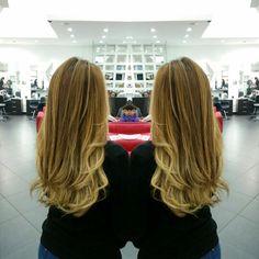 #hair #cabello #sunkissed #besosdesol #axelsunkissed #axelbesosdesol #hairdresser #hairstylist #estilista #Peluqueria #Panama #pty #pty507 #picoftheday #mirrorphoto #multiplaza #axel04