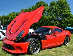 ChadsCapture Dodge Viper, Most Expensive Car, Latest Cars, Car In The World, Modified Cars, Lamborghini Aventador, Watch V, Looks Cool, Hot Cars
