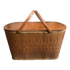 Wicker Picnic Basket, Makers Mark, Peru, Indiana, Metal, Vintage, Products, Turkey, Metals
