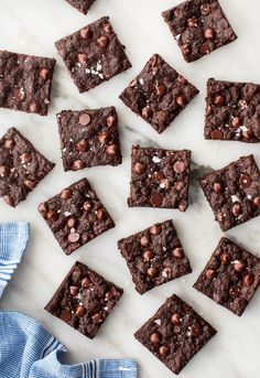 The BEST vegan brownie recipe! These vegan brownies have a perfect chewy texture and rich chocolate flavor. They're so fudgy and decadent that you'd never guess they're made without eggs or butter. | Love and Lemons #brownies #vegan #baking #desserts #chocolate Date Brownies, Fudgy Brownies, Vegan Dark Chocolate, Chocolate Flavors, Baking Desserts, Dessert Recipes, Best Vegan Brownies, Still Tasty, Vegan Treats