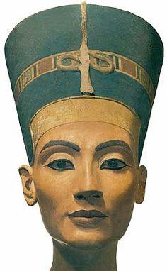 Berlin: Museum Island - Nefertiti