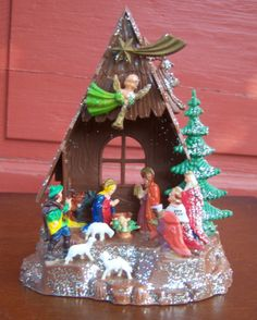 Vintage plastic Nativity from the 1970s. I wish I had my childhood one ): I have all my teenage decorations but not that.