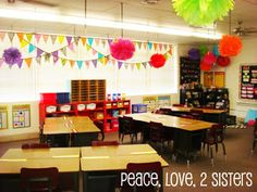 Clutter-Free Classroom: Pennant Banner {INSPIRED}