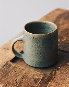 A dark green crackle glazed mug, reduction fired and crash cooled and one of my favourite pieces to make. I plan to start with these and medium sized bowls when I set to making again after my short holiday. Simple pots to get back into the swing of things and throwing on an electric wheel more importantly, I have a feeling I'll have to get used to it again after two months kicking away at a wooden one. This isn't to say I wont use it at all, I may very well throw my bowls off the hump in a…