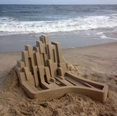 New Contemporary Sand Castles by Calvin Seibert Artist Calvin Seibert, also known as Box Builder, constructs architectural sand structures, which are famous for their modern and sleek design. Keep reading Colossal Art, Sand Art, Brutalist, Beach Art, Mind Blown, Landscape Architecture, Sculpture Art, Construction, Bright