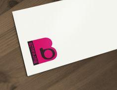 Het logo is strak, professioneel en duidelijk. Het beeldmerk geeft een kleine B in een grote b weer, wat staat voor groei en begeleiding. Het bedrijf dat hierachter staat is Bureau2B, weergegeven als de vaste draad in een opwaartse beweging (progressie). #logo #ontwerp #logodesign #training #coaching
