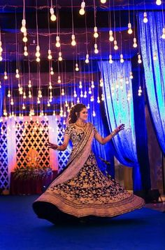 "Rajesh Satankar Photography ""Saket & Nipuna"" Weddig Bridal Lehenga - Bride in Amazing Saree Gown. More information on WeddingNet Saree Gown, Lehenga Saree, Bollywood Lehenga, Lehenga Wedding, Indian Bridal Outfits, Boho Fashion, Wedding Decorations, Gowns, Bride"