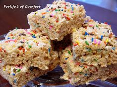 Forkful of Comfort: Cake Batter Rice Krispies Treats. Made these today, and they were delicious :) Funfetti Krispies