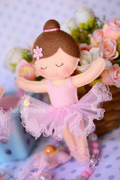 """"""" A valsa da bailarina..."""" Linda de viver. *FELT ART ~ Atelier - Boutique D 'Caroline"""