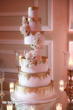 6 tier wedding cake with gold chalice by The Butter End Cakery 6 Tier Wedding Cakes, Wedding Cake Centerpieces, Black Wedding Cakes, Beautiful Wedding Cakes, Wedding Cake Designs, Rose Wedding, Beautiful Cakes, Purple Wedding, Trendy Wedding