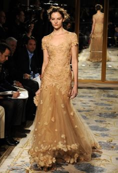 not loving this color, but the dress is beautiful. (Marchesa Fall 2012)