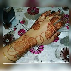 Latest Simple Mehndi Designs, Kashee's Mehndi Designs, Floral Henna Designs, Back Hand Mehndi Designs, Latest Bridal Mehndi Designs, Stylish Mehndi Designs, Mehndi Design Pictures, Mehndi Designs For Girls, Mehndi Designs For Fingers