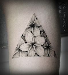 Triangle flower tattoo                                                                                                                                                                                 Más