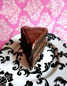 Suklaakakku by Sara La Fountain Chocolate Pies, Cooking Recipes, Birthday Cake, Sweets, Foods, Vegan, Baking, Desserts, Eggs