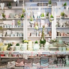 Spring exhibition at ediths Bizau Source by annamariaremta The post Spring exhibition at ediths Bizau appeared first on The most beatiful home designs. Warm Spring, Spring Is Here, Spring Day, Home Fashion, Diy Easter Decorations, Table Decorations, Scandinavian Interior, Spring Cleaning, Wall Tapestry