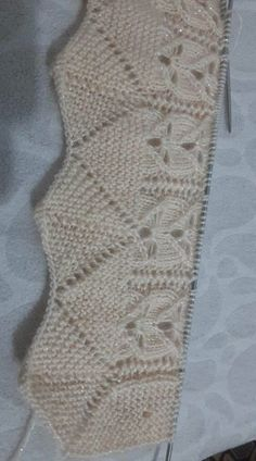Lindo este tb amei este trico precisa passar a rect em português obrigada – Harika Örgü Modelleri, Tığ Modelleri Lace Knitting Stitches, Lace Knitting Patterns, Lace Patterns, Easy Knitting, Knitting Designs, Stitch Patterns, Hand Knit Blanket, Knitted Blankets, Knit Crochet
